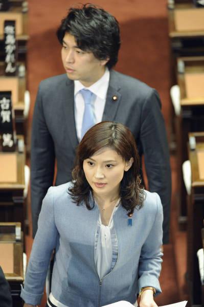 結婚前の宮崎謙介と金子恵美