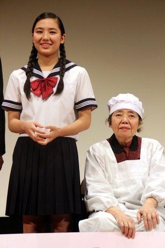 映画「あん」完成披露試写会の内田伽羅と樹木希林